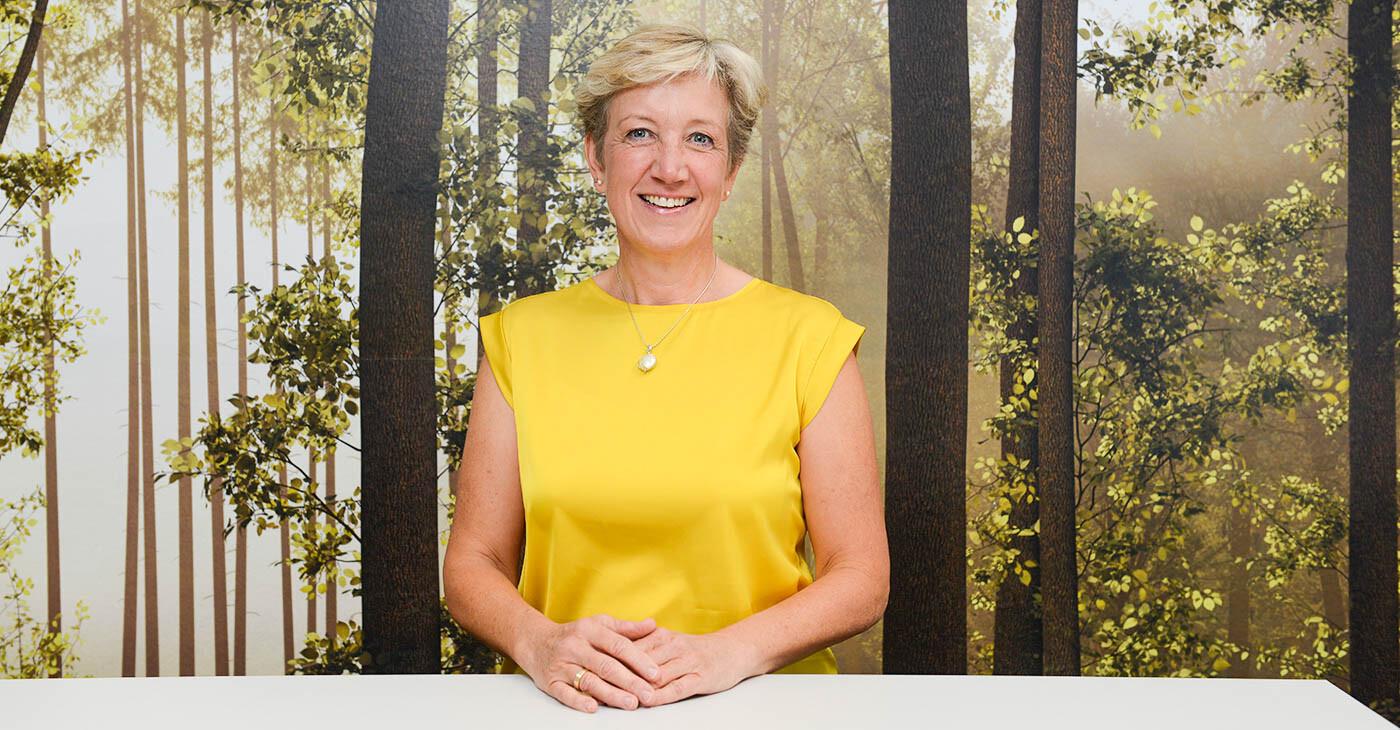 Anja Siedenburg Außendienst Kliniken, Karriere