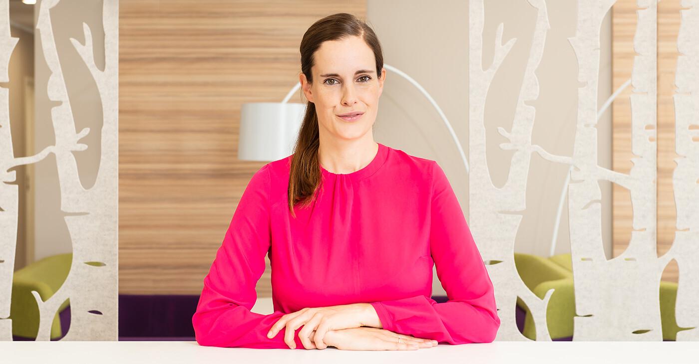Dr. Julia Magdeburg Geschäftsleitung