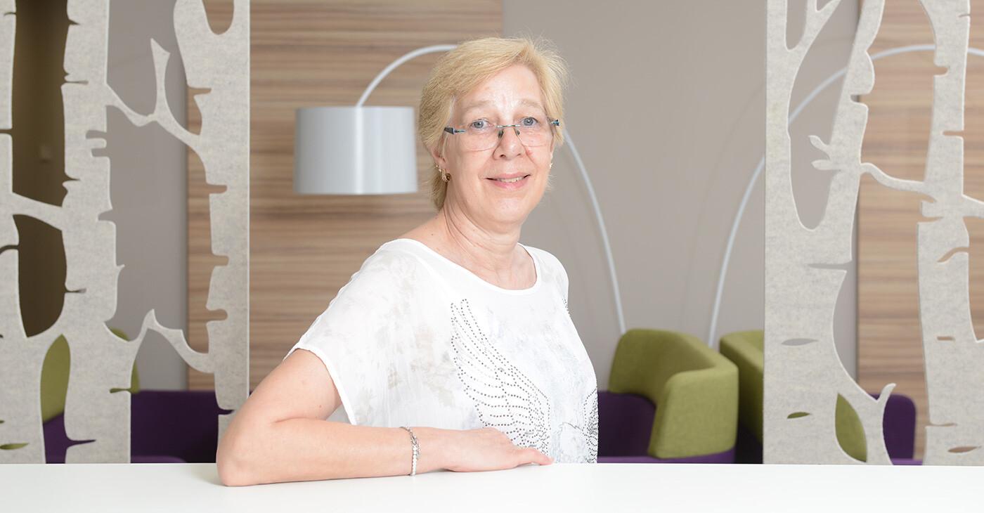 Karin Vetter Vertragswesen